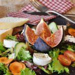 Hoe koop je een goede saladiere voor in je horecazaak?
